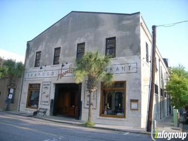 Hank 39 s seafood restaurant in charleston sc 29401 citysearch for Fish restaurant charleston sc