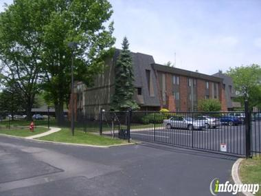 landmark apartments in indianapolis in 46260 citysearch